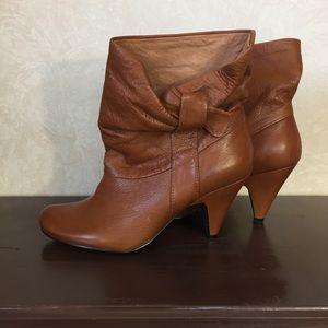 Steve Madden Burnt Orange/ Brown Ankle Boots 6.5